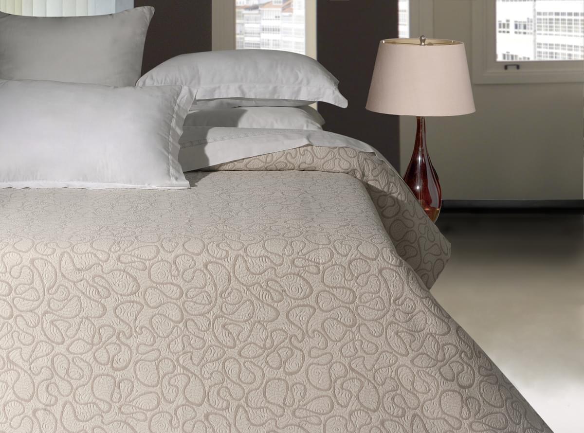 Forbyt, Prikrývka na posteľ, Arabesque, béžová 140 x 220 cm